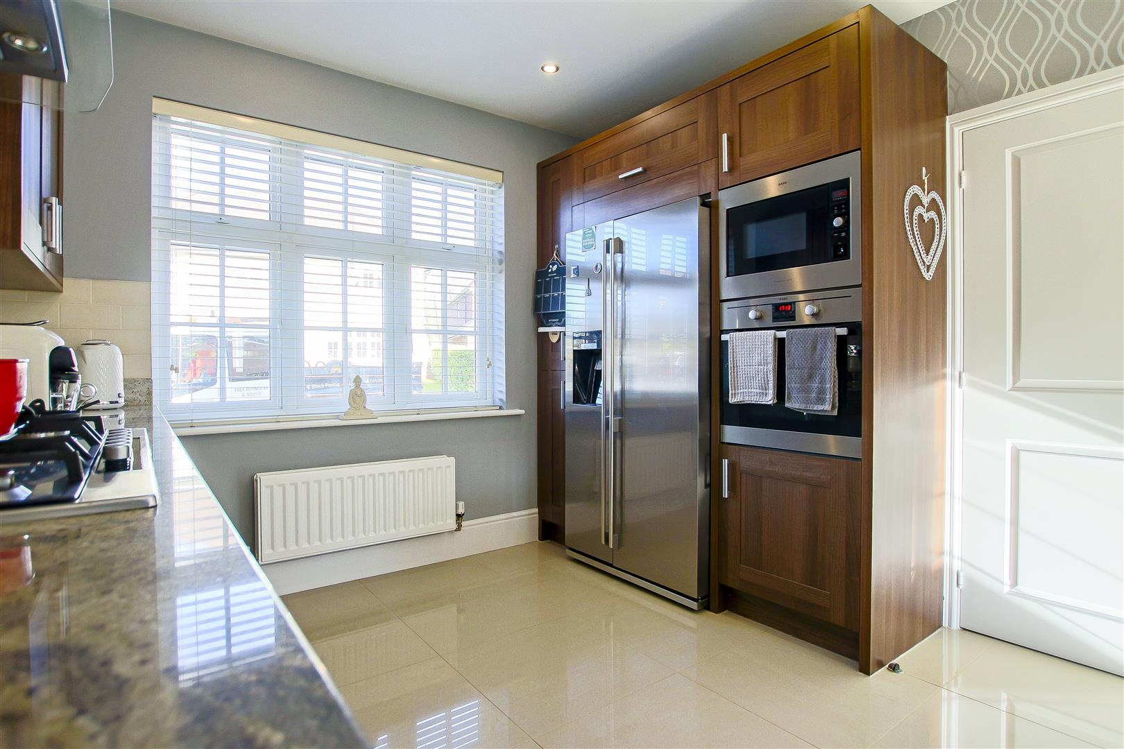 5 Bedroom Detached House For Sale - 40.jpg